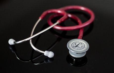Erste Hilfe - Stethoskop